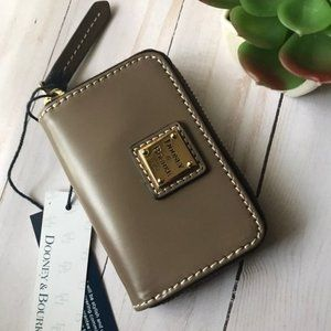 Dooney and Bourke Credit Card Case